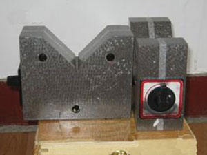 磁性V型架